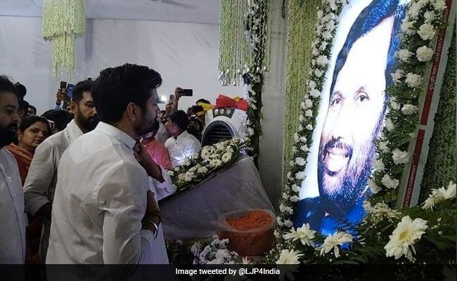 'Proud Son' Chirag Paswan Remembers Ram Vilas Paswan On Death Anniversary