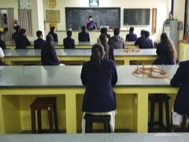 Video : Mumbai Schools Reopen For Classes 8 To 12