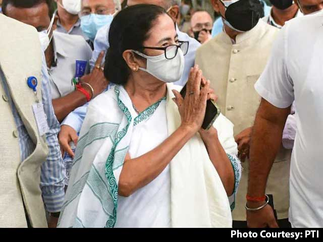 Video : Counting Begins For Mamata Banerjee's Must-Win By-Election