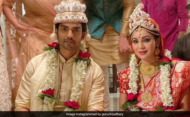 Debina Bonnerjee And Gurmeet Choudhary 'Finally' Have A Bengali Wedding, 10 Years After They Got Married