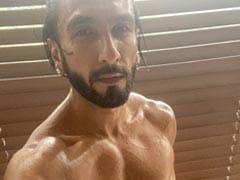 Madhavan's ROFL Comment On Ranveer Singh's Post Is A Winner. Mic Drop