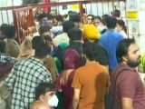 Video : Huge Crowds At Delhi Temples, Pandals During Navratri Festivities