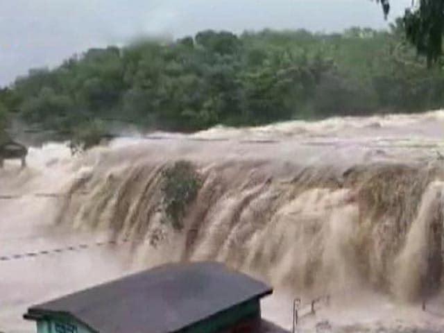 Video : 3 Dead, Flood-Like Situation In Kanyakumari As Heavy Rain Batters Tamil Nadu