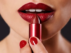 These Transfer-Proof Lipsticks Will Leave No Lip Marks Behind