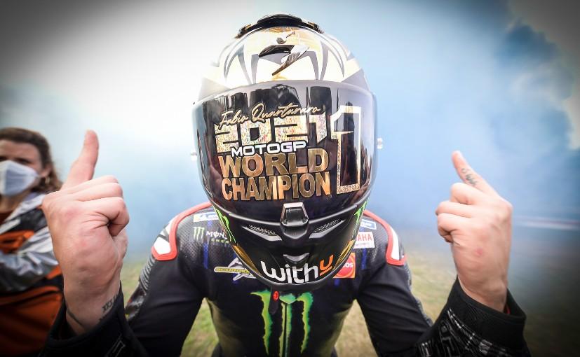 Fabio Quartararo coronado campeón del mundo 2021 cuando Bagnaia se estrella en el GP de Emilia Romagna