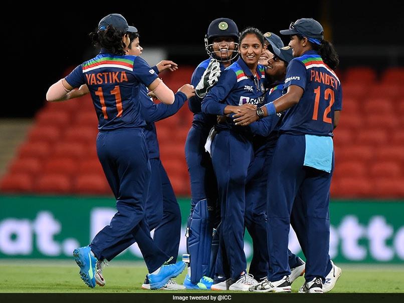Australia Women vs India Women, AUSW vs INDW 3rd T20I, Live Cricket Score: Pooja Vastrakar Strikes, Australia Lose 3rd Wicket