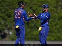 "T20 World Cup: Did Virat Kohli's ""Advice"" Help Rahul Chahar Get Glenn Maxwell Out? Watch"
