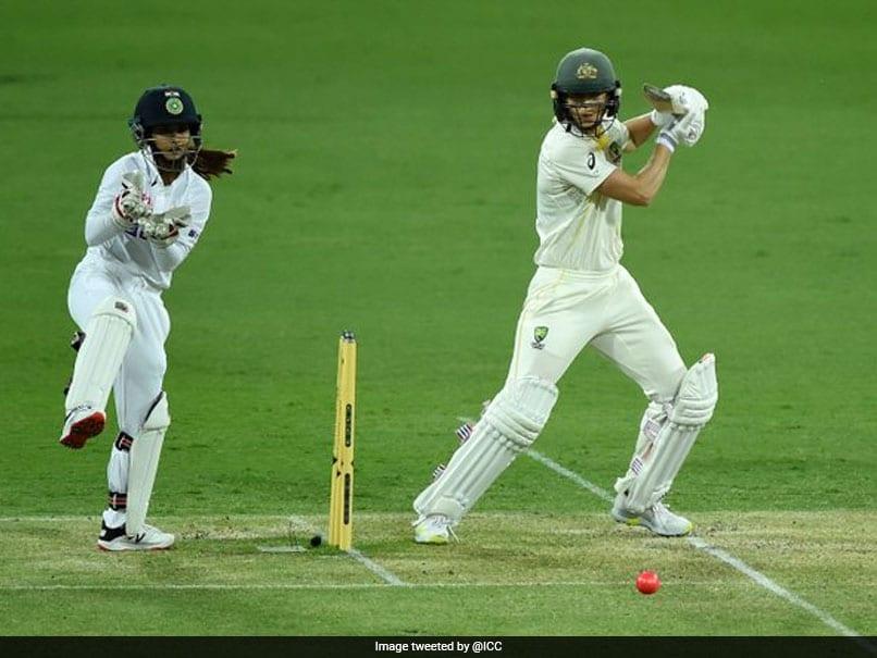 ऑस्ट्रेलिया महिला बनाम भारत महिला, AUSW बनाम INDW, पिंक बॉल टेस्ट, दिन 4 लाइव: भारत लाभ बढ़ाने के लिए देखो