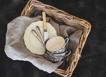 5 Best Ceramic Tableware For Fine Dining Experience At Home