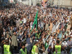 3 Cops Shot Dead In Pakistan During Massive Demonstration By Banned Group