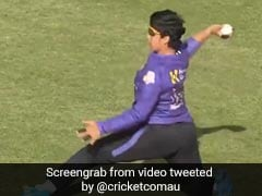 """Watch: India's Richa Ghosh Produces """"Piece Of Magic"""" To Run Out Sophie Molineux In Women's Big Bash League"""