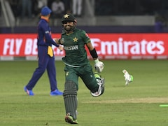 """""""Absolute Hammering"""": Sunil Gavaskar Weighs In On India's 10-Wicket Defeat Against Pakistan In T20 World Cup 2021"""