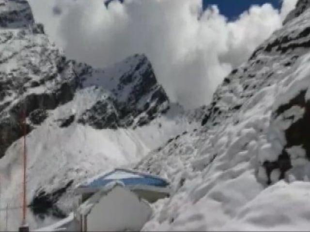 Video : 11 Trekkers Dead In Uttarakhand, Massive Air Force Rescue Ops Underway