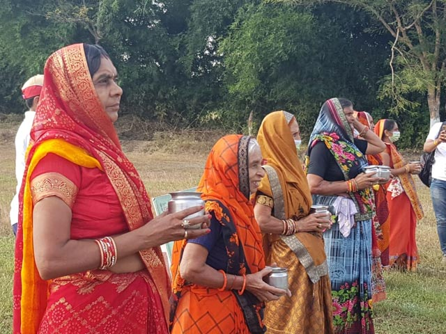 Video : Watch: 60-Year-Old Women Race Holding Lota. They Were Sending A Message