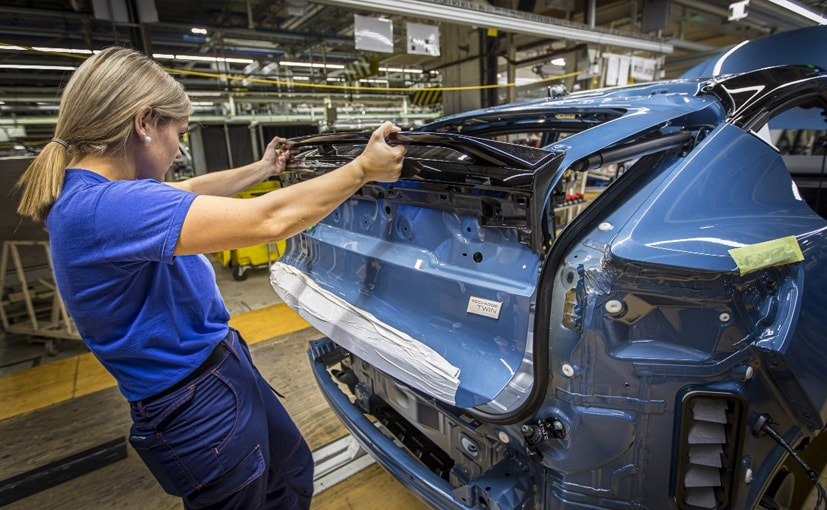 , Volvo C40 Recharge Production Begins At Belgium Plant, The World Live Breaking News Coverage & Updates IN ENGLISH