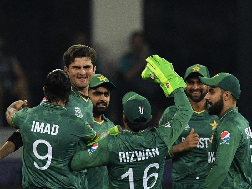 T20 World Cup: Shaheen Afridi, Openers Babar Azam And Mohammad Rizwan Help Pakistan Beat India By 10 Wickets