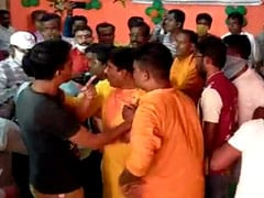 Punches, Flying Chairs As BJP Workers Brawl In Front Of Bengal Leadership
