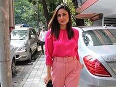 When You're Kareena Kapoor, It Doesn't Need To Be Wednesday To Colour Block In Pink