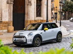 MINI Cooper SE Electric Car Teased For India, Launch Soon
