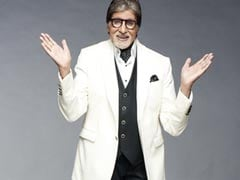 """Amitabh Bachchan's Quick Fix For His Fractured Toe: """"Soft Toed Wear"""""""