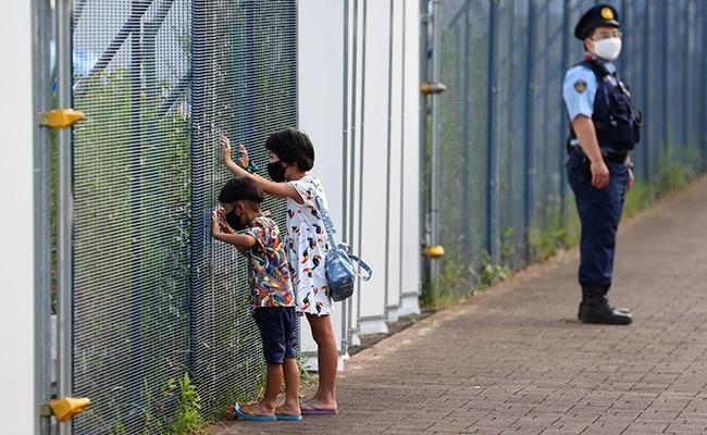 महामारी के दौरान रिकॉर्ड ऊंचाई पर जापान में बच्चों में आत्महत्या: रिपोर्ट