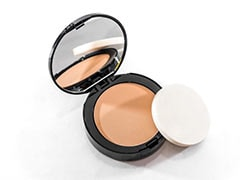 Even With Oily Skin, Your Makeup Will Set In Just Right With These Compact Powders