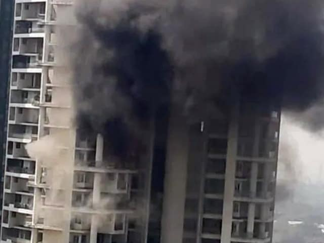 Video : Man Falls From 19th Floor Trying To Escape Fire At Mumbai High-Rise