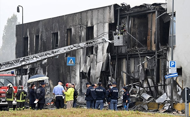 8 Die As Small Plane Crashes Into Empty Building In Italy