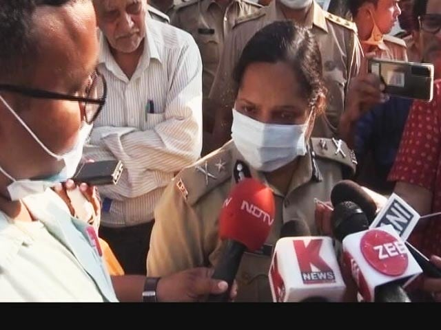 """Video : """"Why Don't You Help?"""": UP Cop To NDTV On No Action Against Minister's Son"""