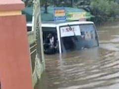Kerala Health Minister Reviews Preparedness Amid Flood-Like Situation