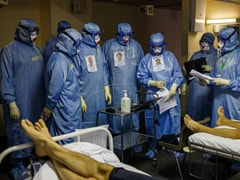"""Russia's 35% Vaccine Rate Leads To """"Truly Horrible"""" Covid Surge"""