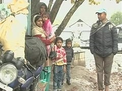 Spooked By Killings, Workers From Other States Line Up To Leave J&K
