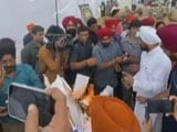 Video : Punjab Chief Minister Burns Unpaid Power Bill Copies As He Waives Them Off