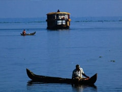 """Gateway To Kerala Backwaters A Sewage Dump """"Floating With Filth"""": Report"""