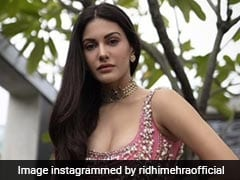 Amyra Dastur Dazzles In A Rs 1.30 Lakh Pink <i>Lehenga</i> That's Perfect For Festivities