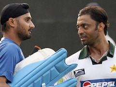 T20 World Cup: Shoaib Akhtar, Harbhajan Singh Indulge In Friendly Banter After Pakistan's Win Over India