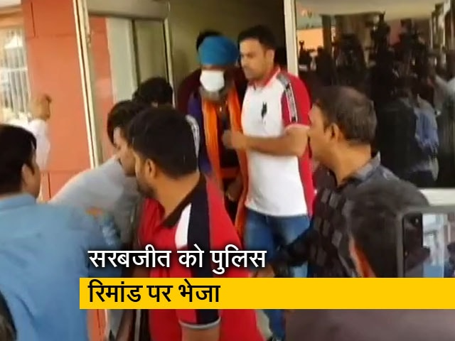 Videos : सिंघू बॉर्डर पर हुई लखवीर सिंह की हत्या के मामले में दो आरोपी गिरफ्तार