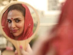 """Karwa Chauth 2021: """"Fast Or No Fast,"""" It's All About The """"Saath"""" For Esha"""