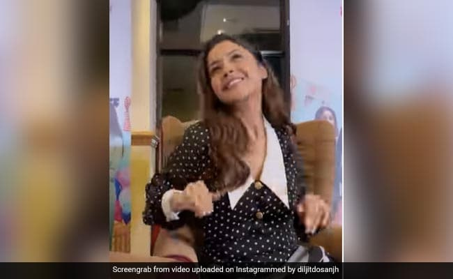 Shehnaaz Gill Resumes Work Weeks After Sidharth Shukla's Death. See Viral Clip From From Honsla Rakh Promotions