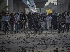 2 Pak Policemen Killed In Clashes With Banned Radical Party In Lahore