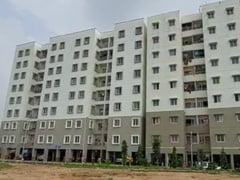 Building In Bengaluru Police Quarters Tilts, 32 Families Evacuated