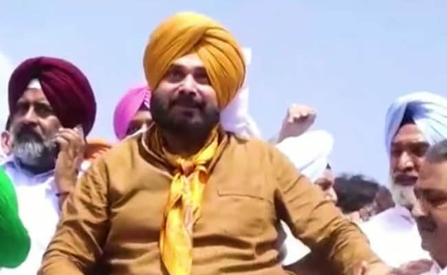 'Congress In Dying Stages... Had They Allowed Me': Sidhu's New Googly