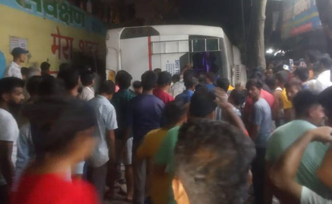 1 Dead, 3 Injured After Bus Falls From Flyover In Ghaziabad