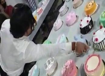 Mumbai Man Cuts 550 Cakes On Birthday - Watch Viral Video