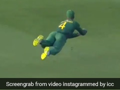 Watch: Aiden Markram Takes Stunning Catch To Send Steve Smith Back To The Pavilion In Super 12 Opener
