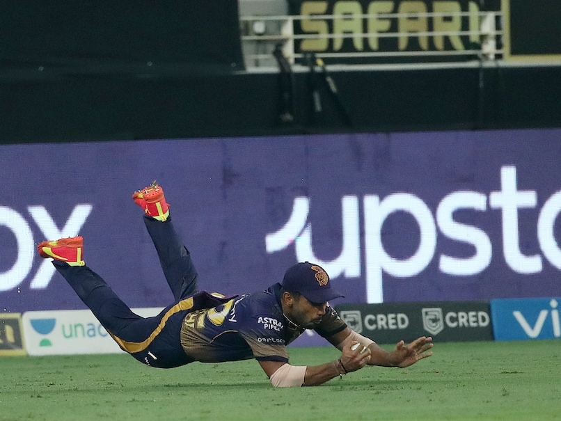 Rahul Tripathi's catch was disallowed by the third umpire.© BCCI/IPL