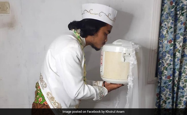 , Indonesian Man Marries Rice Cooker, Divorces It 4 Days Later Because…, The World Live Breaking News Coverage & Updates IN ENGLISH