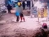 Video : On CCTV, Man Slits Woman's Throat Outside Shop In Delhi