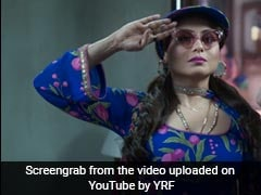 Rani Mukerji As <i>Babli</i> Shows Up In Her Zaniest And Brightest Fashion Choices