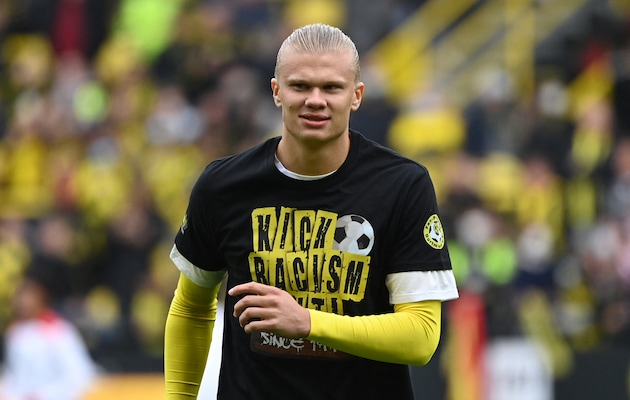 """Dortmund Star Erling Haaland Out For """"Several Weeks"""" With Hip Injury"""